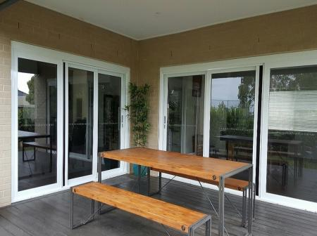 1 Retractable Insect Screens