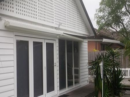 5 Blinds External